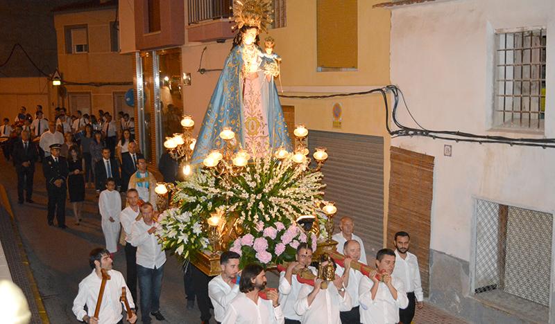 Procesion Virgen Rosario 1